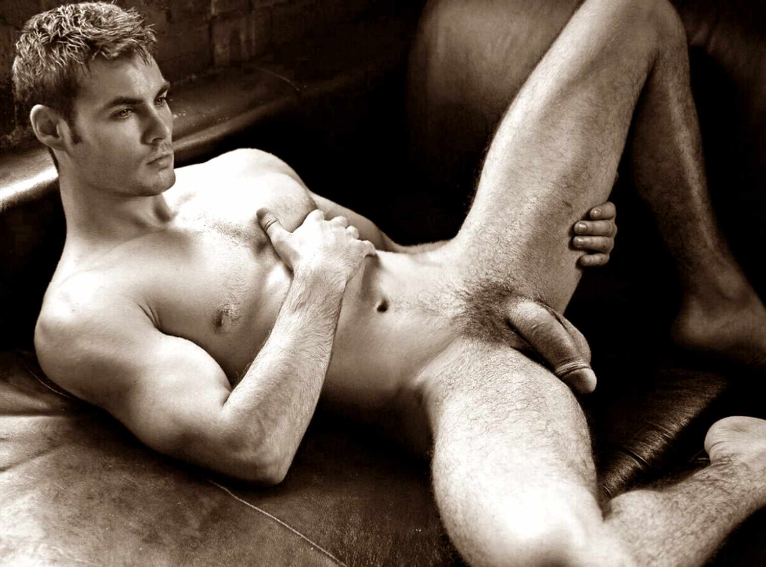Hot sexual naked males — pic 5