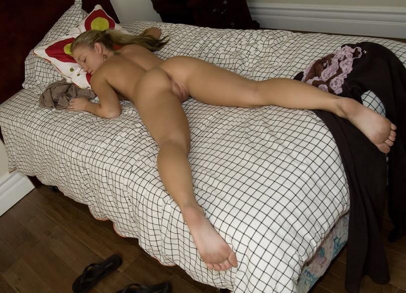 tight-teen-sleeping-nude-canada-midget-hockey-standings