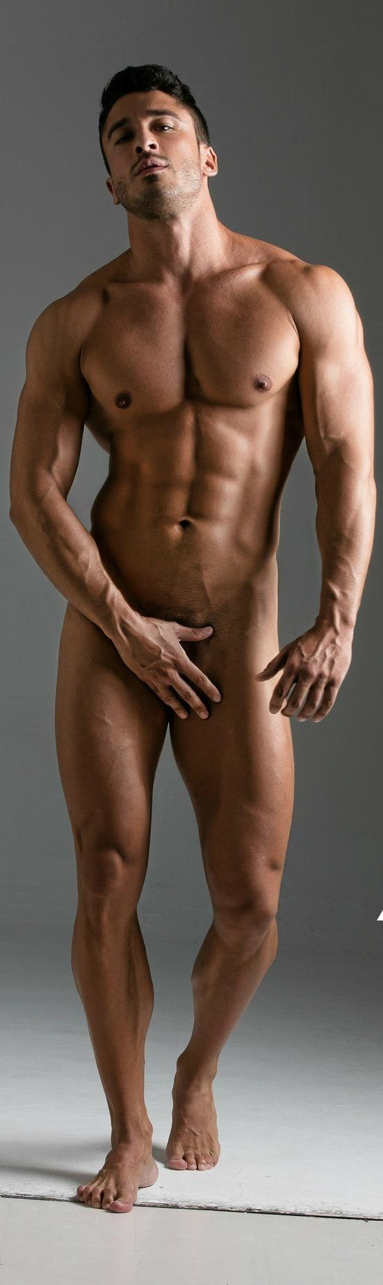 pichunter-young-relaxed-naked-hunk