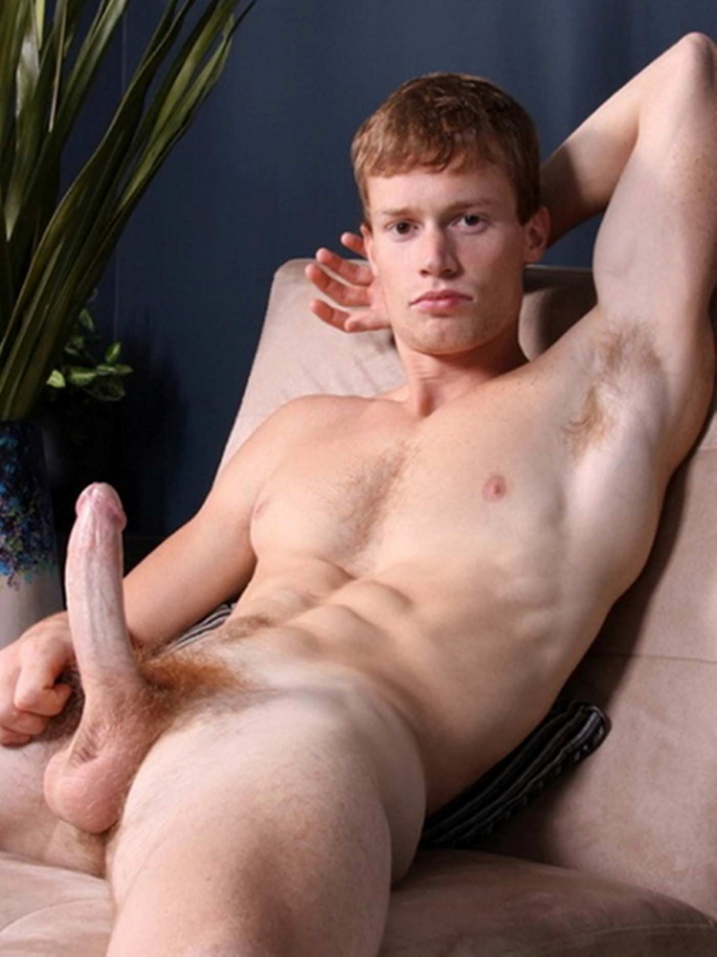 naked-ginger-male-levy-william-naked-penis